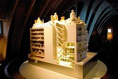 65 L'Espai Gaud planta Bajocubierta. La Pedrera Barcelona 755 (javier1949) Tags: barcelona ladrillo arquitectura madera monum