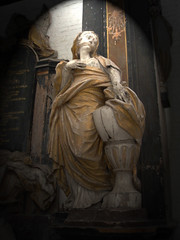 Baroque monument (DameBoudicca) Tags: woman church monument urn germany dead deutschland death donna mujer memorial femme iglesia kirche chiesa burial alemania frau baroque stmary tyskland allemagne église mute barock barocco germania greifswald kyrka barroco stmarien kvinna