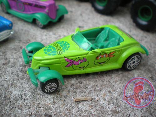 """Racing Champions """"Street Wheels"""" diecast 1:64 scale - 'Teenage Mutant Ninja Turtles' 5 pack :: 1997 Plymouth Prowler - TMNT Roadster ii (( 1999 ))"""