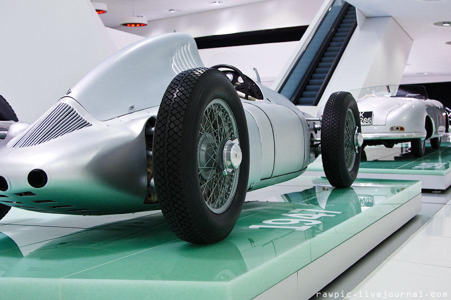 Porsche_museum125