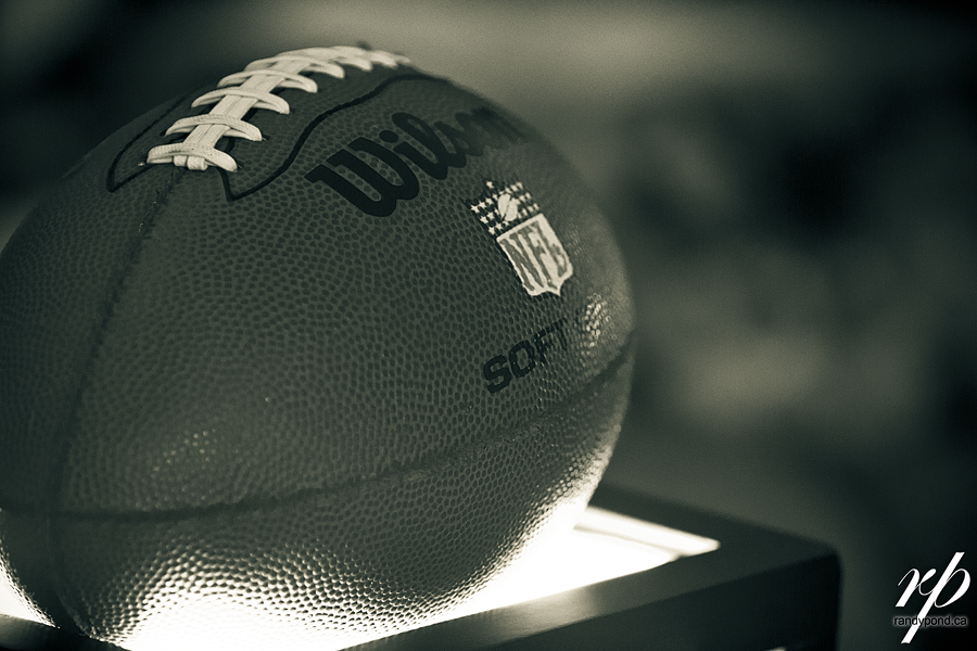 ~ 252/365 FOOTBALL IS BACK!!! ~