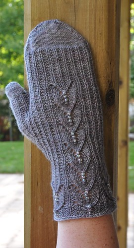 first Maia mitten full version