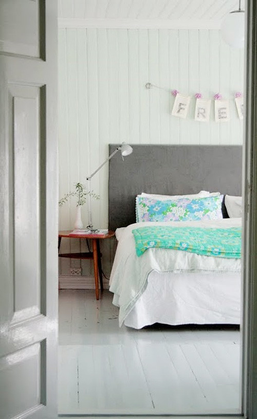 Bedrooms: Pure + Simple