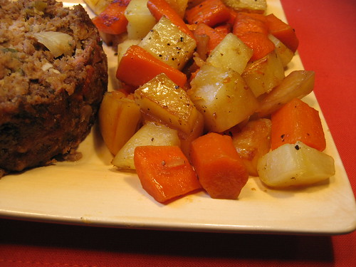 Braised Potatoes and Carrots 009