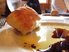Oil & Vinegar - Archeo, The Distillery District (Kim Yokota) Tags: food bread torontoontario oilandvinegar thedistillerydistrict dinnerroll gooderhamandwortsdistillery archeorestaurant