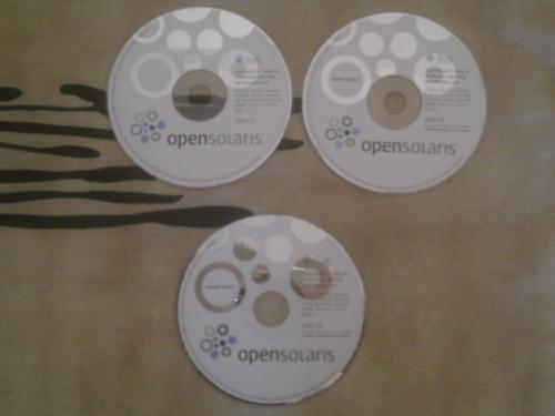 les 3 CDs d'OpenSolaris... Pièces de collections ?
