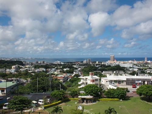 高台から北谷町方面の眺め