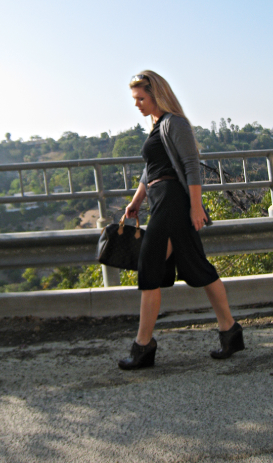polka dotted slit dress from the 90's+brown belt and wedges+louis vuitton speedy, orphan chic, minimalism, dressing for Fall, lace up wedges