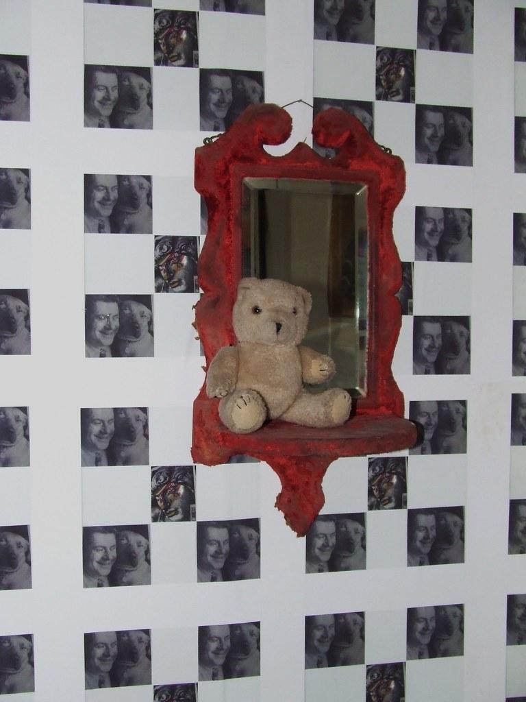 Teddy Binns on the 'Vampire' Mirror