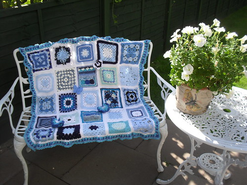 Ta - Dah! Introducing SIBOL No. 30 6/7. 'Betty Blue' named by Lulabelle1967. Thank you for all the wonderful 'Blue and White' Squares!