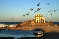[フリー画像] 建築・建造物, 教会・聖堂・モスク, 海岸, ポルトガル, 201010011900
