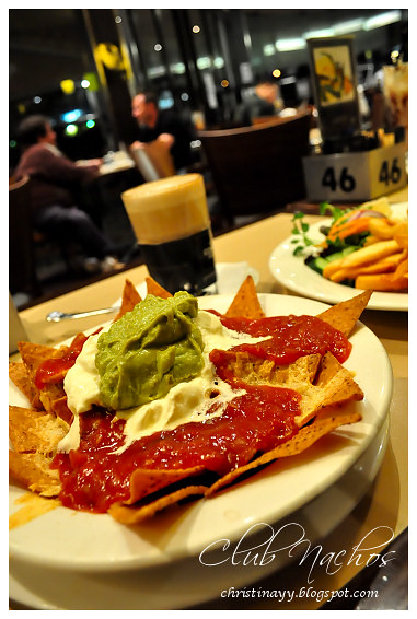 The Coffee Club: Club Nachos with Sweet Chilli and Light Sour Cream