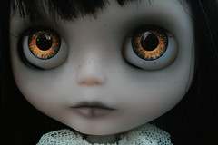 Evie's Eyes (Zaloa27) Tags: art halloween face dark photography doll ghost pale blythe custom batwings rbl bigeyedoll handpaintedeyechips zaloa27 nostalgicpop