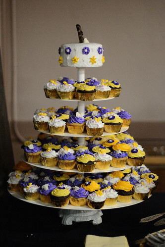 Wedding Cupcakes - Nikon D3100 @ ISO 3200
