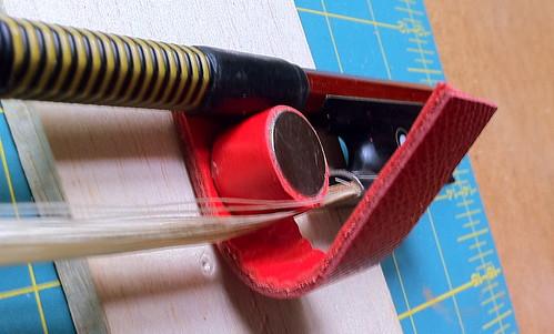Calder violin bow holder 2.0 model 2o