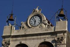 Catania, Piazza Stesicoro,  Palazzo Tezzano, Uhrturm (clock tower) (HEN-Magonza) Tags: clocktower sicily catania sicilia piazzastesicoro sizilien uhrturm palazzotezzano