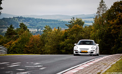gtThree. (Denniske) Tags: white green canon germany deutschland eos is hell eiffel eifel september porsche l dennis blanche wit weiss bianco f28 ef 2010 gt3 70200mm tf 997 nordschleife nrburgring noten holle 500d nrburg grune touristenfahrten denniske dennisnotencom 14jvl9