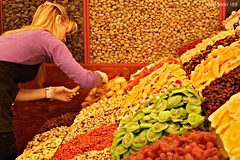 Mercat de la Boqueria (-BeNnO-) Tags: barcelona fruit 35mm nikon espana f nikkor 18 frutta colori mercato boqueria barcellona spagna mercat conte d60 benedetto patchanka secca benno89