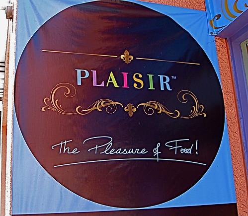 Plaisir logo