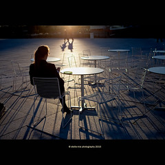 catching evening sun (stella-mia) Tags: sunset shadow girl oslo evening opera shadows eveningsun afterwork explore frontpage catchingsun oslooperahouse eatinggirl bestcapturesaoi catchingeveningsun