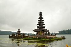 Bali 2010 - Bedugul (subli) Tags: voyage bali vacances uluwatu singapour tirta indonesie ganga ubud kuta doha tanahlot 2010 jimbaran amed bedugul munduk soleildenpasar