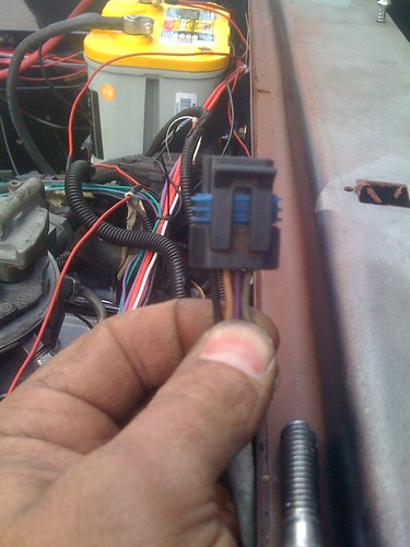 tbi wiring set up tach signal for mechanical vacuum spark i m assuming one of these wires is the tach signal can i just splice my tach signal into the right wire in this connector and call it good