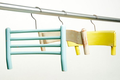 DIY hanger trashion wood chais 1