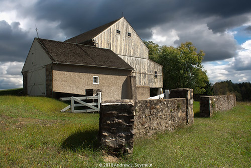 Lord Stirling's Barn hdr 19