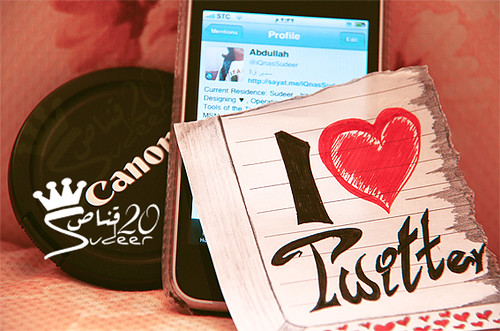 Twitter & iPhone & Canon <3