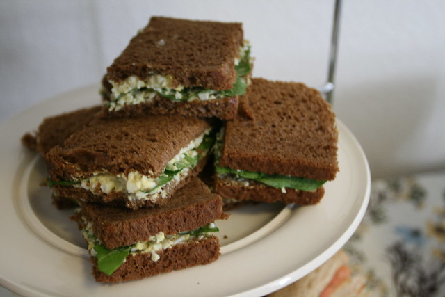 egg salad and arugula on rye