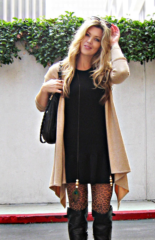 sweater dress+leopard tights+hair+sunglasses