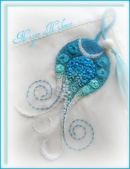 STANBUL LALE'si (nigarhikmet) Tags: flowers blue roses flower rose stone canon beads needlework handmade embroidery trkiye silk craft tulip ribbon lint gl elii desing beadwork bordados ribbonrose borduren ribbonembroidery zijde turkuaz beadswork kurdela silkribbonembroidery sakarya nakis carms ribbonwork ribbonflowers ribbonroses eyiz mywinners nak akyaz kurdele sulampita nigarhikmet bndchenstickerei odemisipegi kurdelenakisi demiipei kurdelanakisi lintborduren kurdelenak lintwerk broderieruban lintborduurwerk zijdelintborduren bordurenmetlintgaren szalaghmzs   kaspinassiuvinjimas fitabordado bordadodecinta  sulamanpita   nastroricamo  panglicbroderie  ribbonsilkembroidery kurdeleii