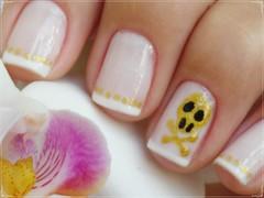 Unha da semana - caveira =X (Mhilka ♥) Tags: art nail dot dourado caveira bolinha unha francesinha