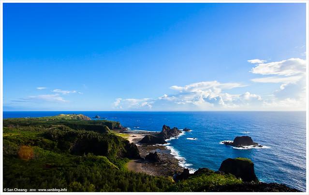 位於绿岛东部海岸之中段的海湾,从被称为「小长城」的步道登临观海亭