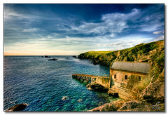 Polpeor Cove Lifeboat Station, The Lizard, Cornwall (rjt208) Tags: sea rescue heritage history coast rocks cornwall scenic cliffs historic lizard lifeboat coastline shipping 1914 thelizard lifeboatstation southengland southcornwall rjt208