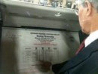 Rush Holt inspects voting machines3