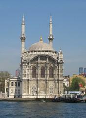 Ortaky Mosque, Istanbul, Turkey (east med wanderer) Tags: turkey turkiye istanbul mosque 1853 turchia turkei ortaky bosphoros ortakymosque