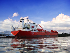bow fraternity Santos Brazil (Rhannel Alaba) Tags: ocean blue sea brazil sky port landscape photography ships fraternity terminal santos bow takers pido alaba odfjell rhannel chimecal