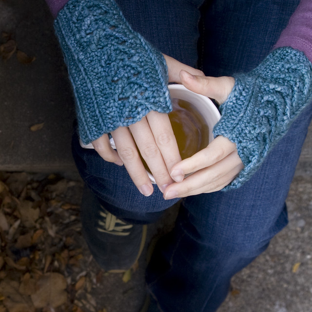 318.mitts for nanny