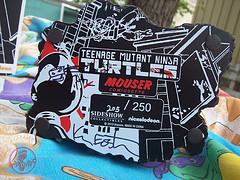 "Sideshow Collectibles :: ""Teenage Mutant Ninja Turtles"" SDCC Exclusive 'Mouser' Comiquette #205 of 250 // .. box breakdown xiv; Signed by Kevin Eastman  (( 2010 ))"