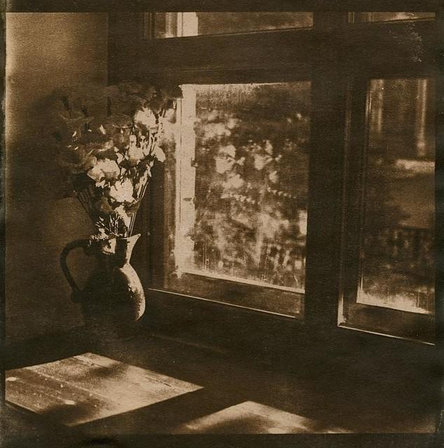 натюрморт с окном / Still Life with Window