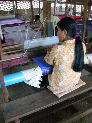 Weaving Silk, Les Artisans D'Angkor Silk Farm, Siem Reab