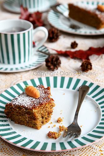 carrot cake 1/3