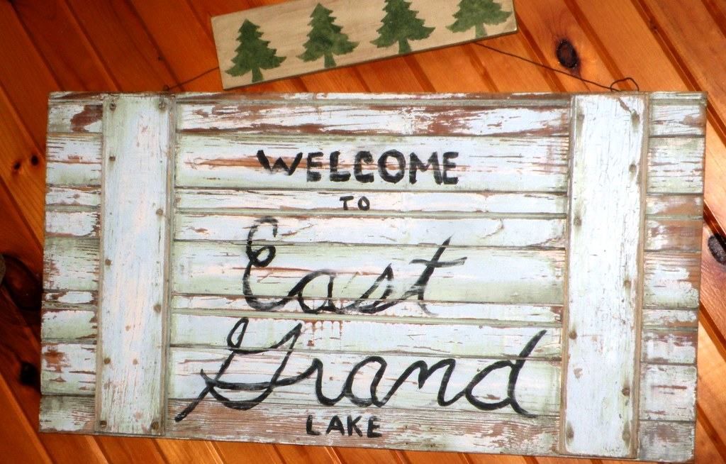 Welcome to East Grand Lake Sign