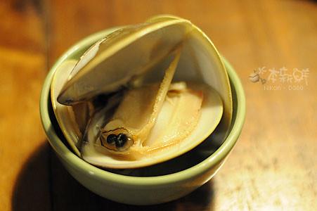 如碗般碩大的大蛤蜊