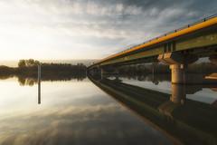 Sunset (Stéphane Sélo Photographies) Tags: barques bateaux cielmétéo coucherdesoleil fleuve natureetpaysages paysage paysages pentaxk30 rhône rhônealpes rivière transports color couchant couleur france pentax saône sunset