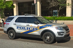Louisville Metro PD, Kentucky (10-42Adam) Tags: police lawenforcement louisville kentucky 911 riverpatrol specialunit ford explorer utility fordexplorer fordexplorerutility louisvillemetro louisvillemetropolice policedepartment