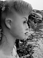 ...un manichino venuto dal mare... (fabio giovanetti) Tags: mare riva spiaggia cala lampedusa abbandonato manichino sponse pelagie