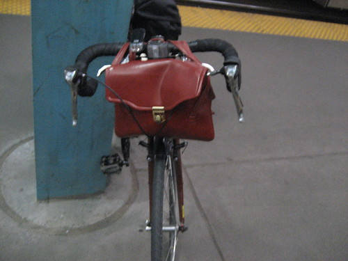 purse on bike front