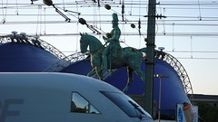 ICE TRAIN KOLN (mansionmedia simon knight) Tags: bridge ice station train germany europe cologne trains koln simonknight mansionmedia